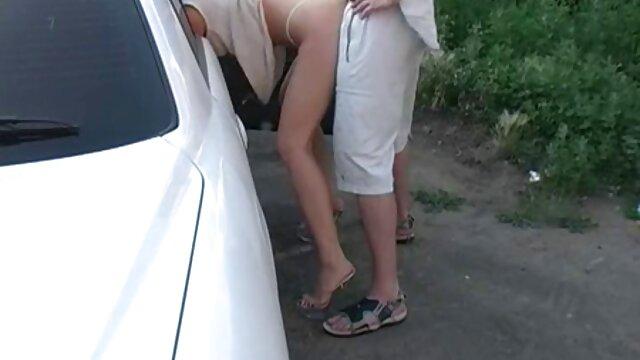 La milf inglesa Emma abre sus piernas y mueve mujeres calientes videos gratis su frijol