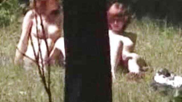 Madura milf desnuda en la playa peliculas eroticas cachondas