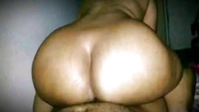 SU LÍMITE - Nena traviesa disfruta del sexo morritas calientes mexicanas anal y fetiche con guantes
