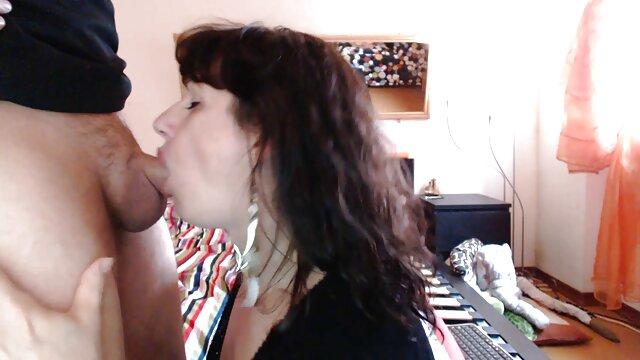 Mi hermanastra y xvideos morritas calientes su amiga me follaron