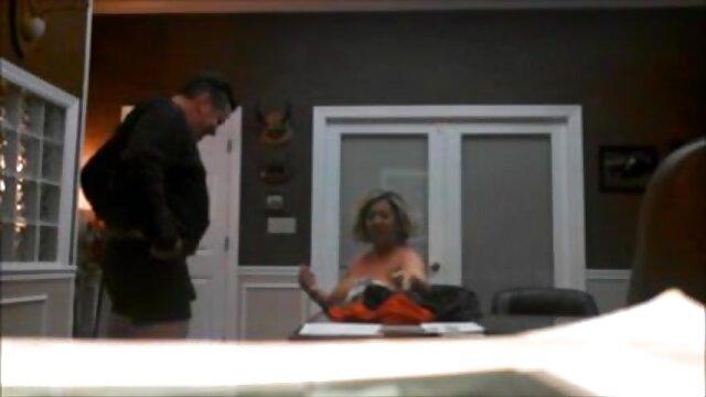 Esposa latina tetona follada por el culo por pornografía caliente un chico ruso más joven