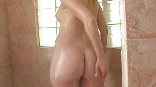 La mejor mamada con arcadas descuidada videos hombres calientes y babosa - Aurora Snow