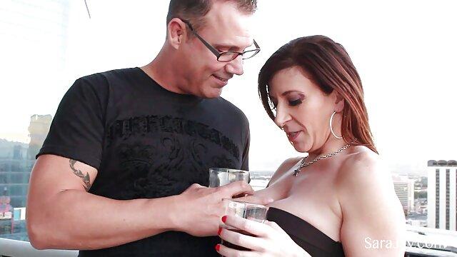 Pareja de adolescentes amateur alemana en una cogida real y semen en la videos pornos re calientes boca