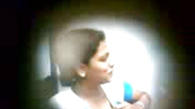 Ed taladra a la nena de ébano Natalie Bradshaw en su coño videos de sirvientas calientes peludo