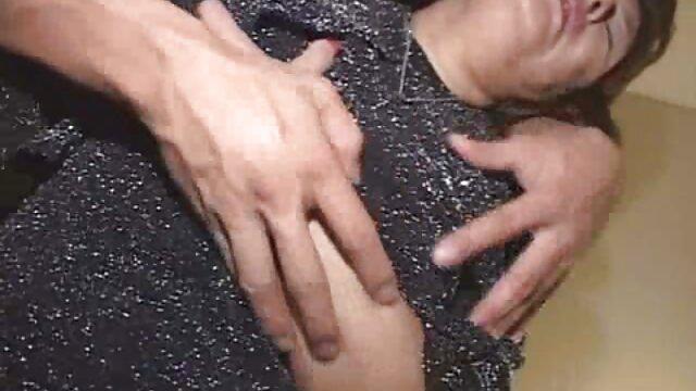 Impresionante videos caseros de mujeres calientes rubia adolescente teniendo su orgasmo