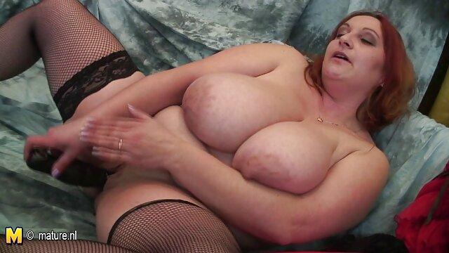 Amethyst Banks tiene su gran culo redondo mujeres desnudas bien calientes perforado profundamente
