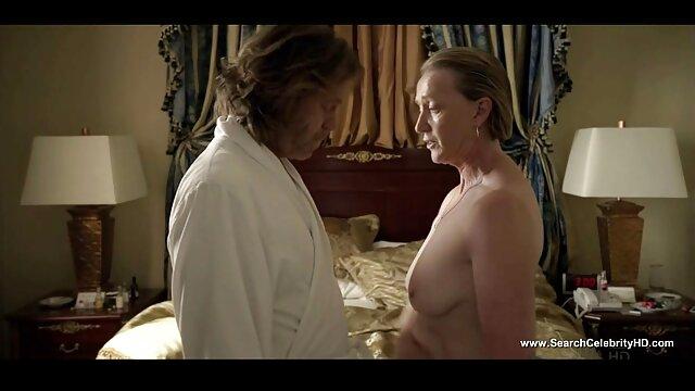 BBW españolas maduras calientes Ursula mostrando curvas