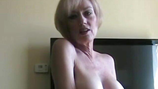 Dulce latina viejas calientes desnudas de pelo rizado
