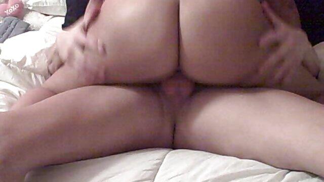 Novia cachonda abuelas tetonas calientes se burla de su hermoso cuerpo