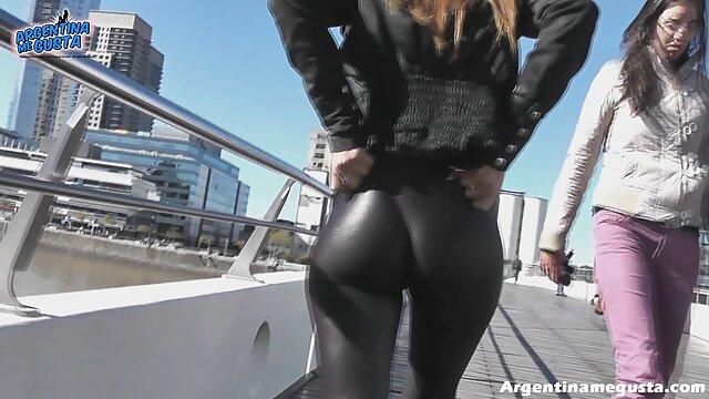 ¿Te gusta videos sexo ardiente mi nuevo cuerpo de rejilla caliente con medias JOI?