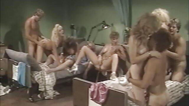 Britney tetona lesbianas re calientes follada por el coño