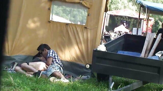 Esposa puño y azotado con un videos xxx de esposas calientes látigo