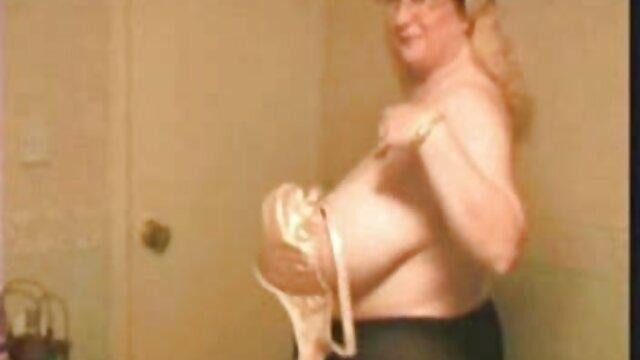 Voy a videos xxx de lesbianas calientes estirarme para ti mientras te pajas JOI